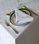F8 table linen